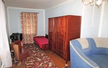 Сдам 1 комнатную квартиру в центре в частном доме