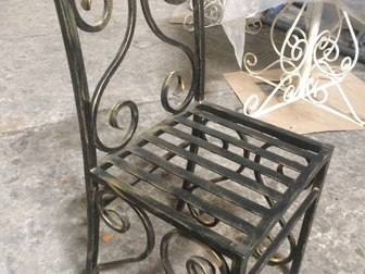 Просмотреть foto Мебель для дачи и сада кованная мебель и другие металлоконструкции 38221400 в Рязани