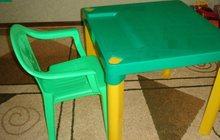 Продаю стол+стульчик в отличном состоянии б/у. Для ребенка от 2-6 лет