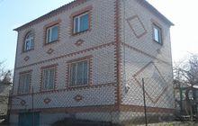 Продается дом в трех уровнях полностью кирпичный с видом на