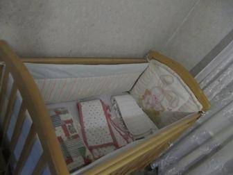 Увидеть фото Детские коляски Срочно продам кроватку маятник 38397464 в Ростове-на-Дону