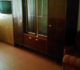 Фото в Мебель и интерьер Мебель для гостиной двухдверный натуральное дерево б/у в хорошем в Ростове-на-Дону 3500