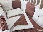 Бортики в кроватку, постельное белье, гнездышки