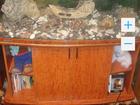 Продам аквариум на 300 литров с тумбой и декором