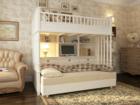 Мебель из массива с ручной росписью