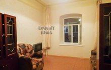 Комната в кирпичном доме, в историческом центре Саратова