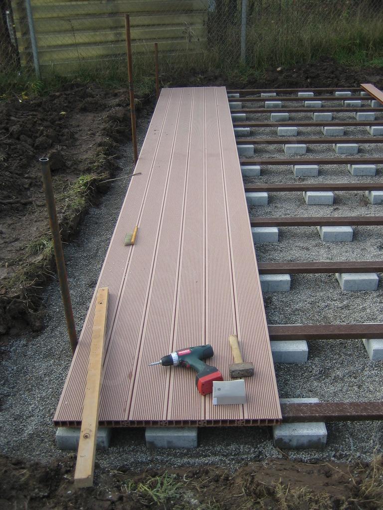 Как своими руками построить открытую веранду к дому