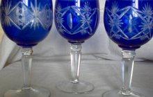 фужеры синего стекла объемные и узкие на ножке