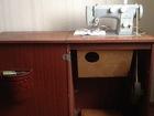 Изображение в Бытовая техника и электроника Швейные и вязальные машины Швейную машинкуЧайка-142м  с тумбой, в в Тобольске 3000