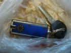 Скачать foto Находки Найдены ключи от машины с синим брелком 66595186 в Твери