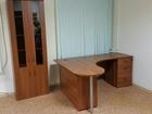 Изображение в Мебель и интерьер Офисная мебель Продаются 2 офисных стола с тумбами и один в Уфе 15000