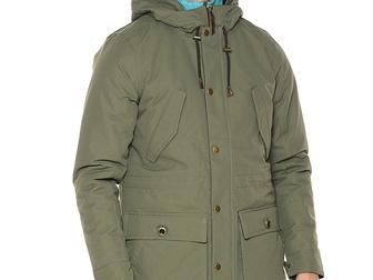 Скачать бесплатно фото Мужская одежда Продам новую, мужскую, демисезонную куртку, джинсы 38553168 в Волгограде