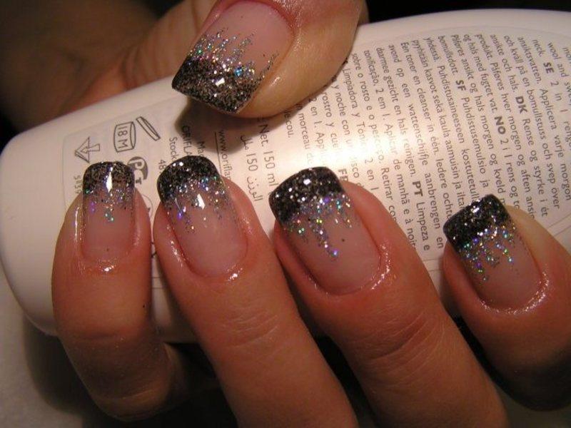 Дизайн красивых ногтей с блестками